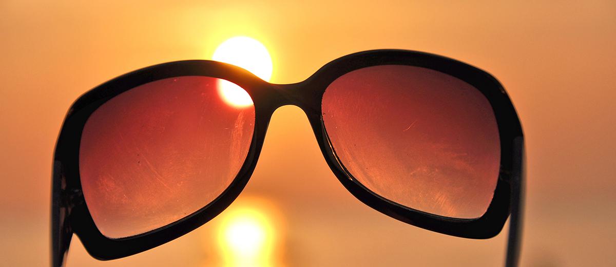 Para proteger tus ojos del sol
