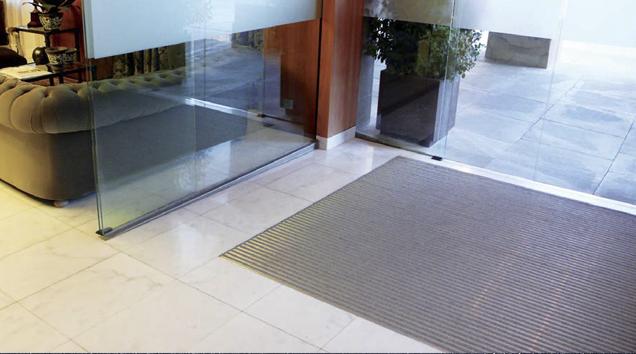 aluminio-felpudo-suelo